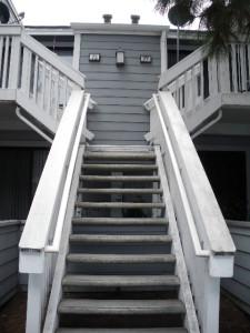 ⑦1986グレー2階の玄関